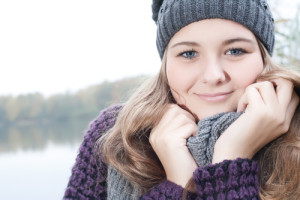 woman-smiling-in-cold